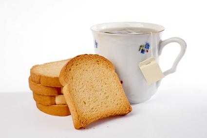 Tee und Zwieback als Hausmittel